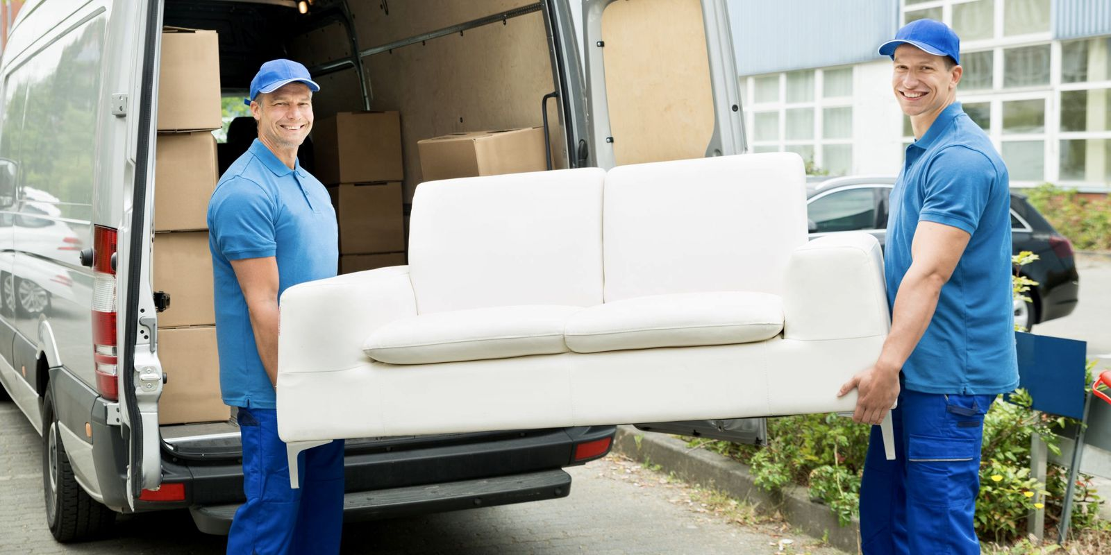 Przeprowadzki małe i duże ,Usługi transportowe, Transport mebli z wniesieniem.